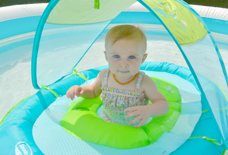 How To Introduce Baby To The Water This Summer #SwimWays
