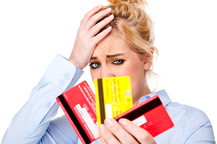 The Benefits of Having a Credit Card & How Interstate Associates Can Help!