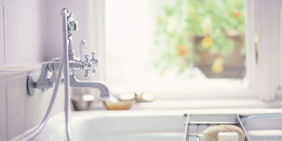 Quick and Easy Ways to Freshen Up Your Bathroom