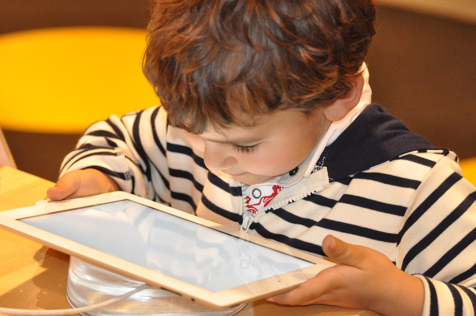 Apps To Keep The Kids Quiet