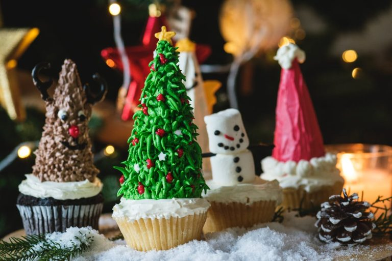 10 Fun Holiday Activities and Traditions Your Children Will Treasure