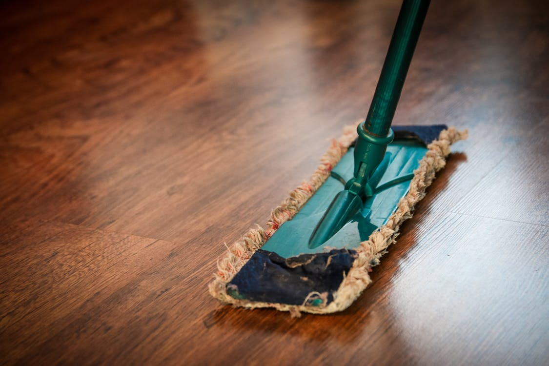 5 Essential Tips For Cleaning Hardwood Floors