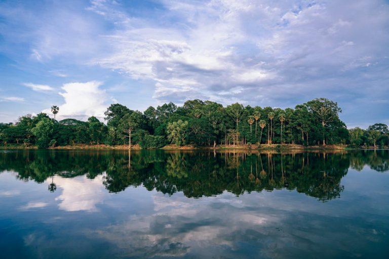 Making Travel Plans to Visit Cambodia