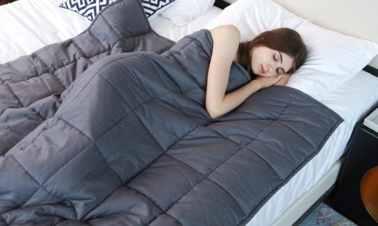 What Are The Advantages Of A Weighted Blanket For Anxiety?