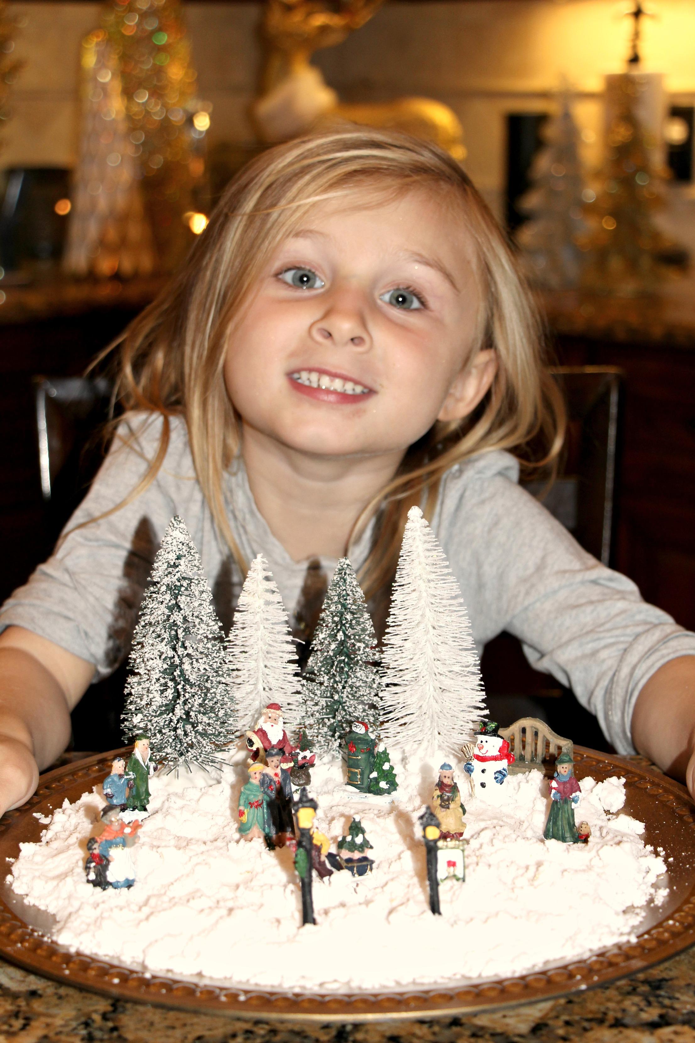 DIY Snow & Winter Wonderland: Sensory Play