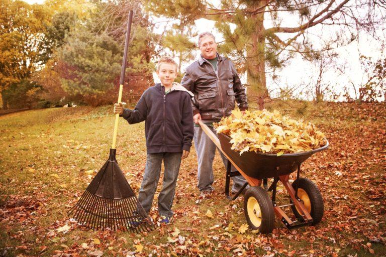 Winterize Your Backyard For a Fun Family Activity