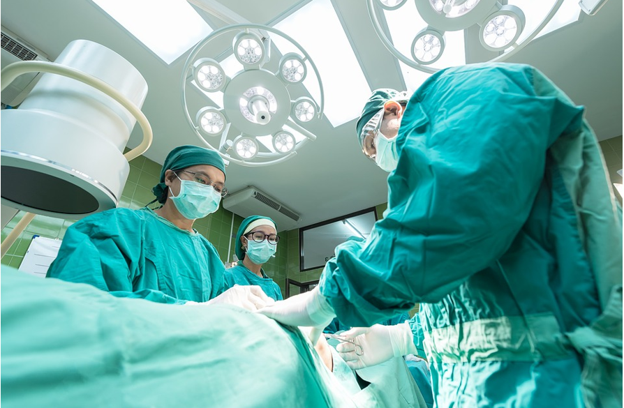 3 Things to Look For in a Rhinoplasty Surgeon
