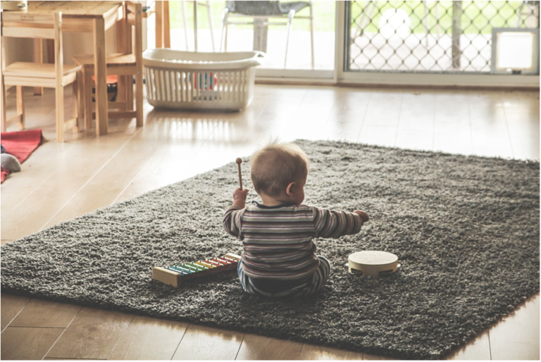5 Tips for Choosing the Perfect Babysitter