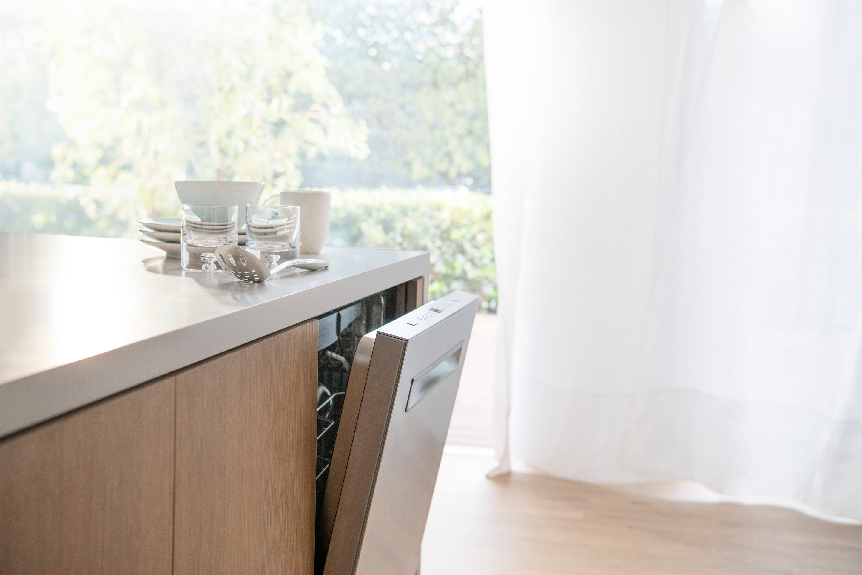 Choosing The Ideal Dishwasher For Your Family Kitchen
