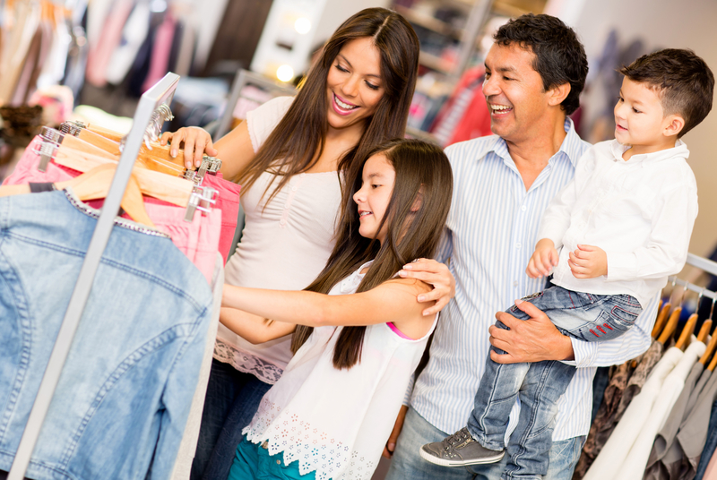 Tips for Family Clothes Shopping This Holiday Season