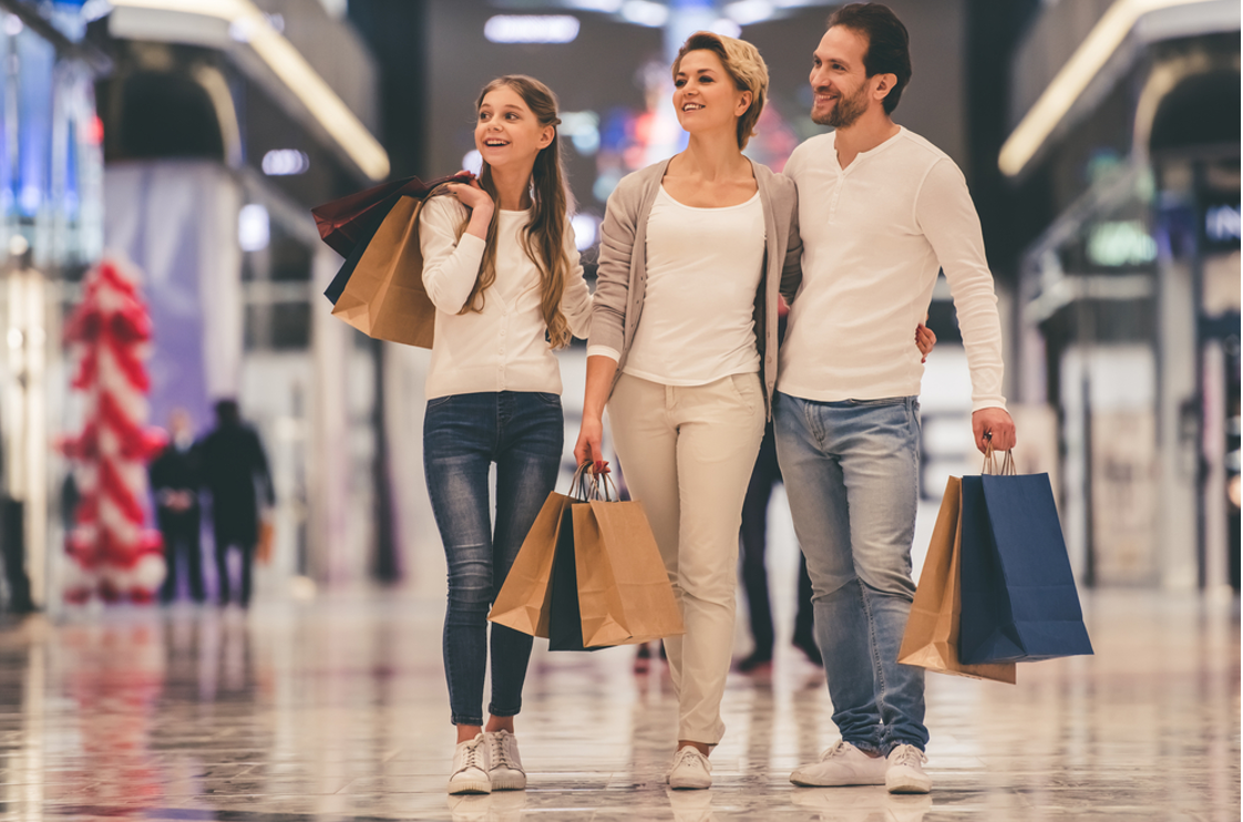 5 Money-Saving Tips on Clothes for the Whole Family