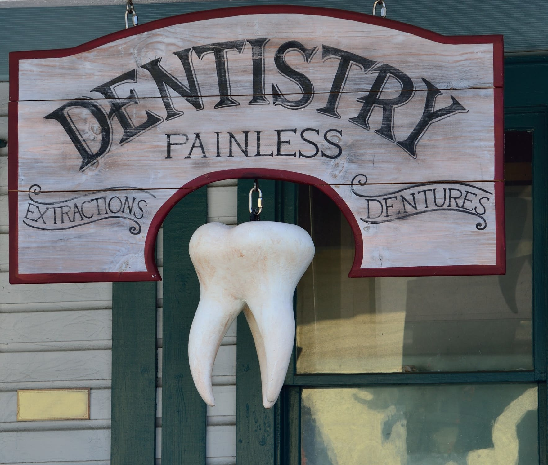 Going to the Dentist With a Tinnitus Condition? Here Is Your 5-Step Survival Plan
