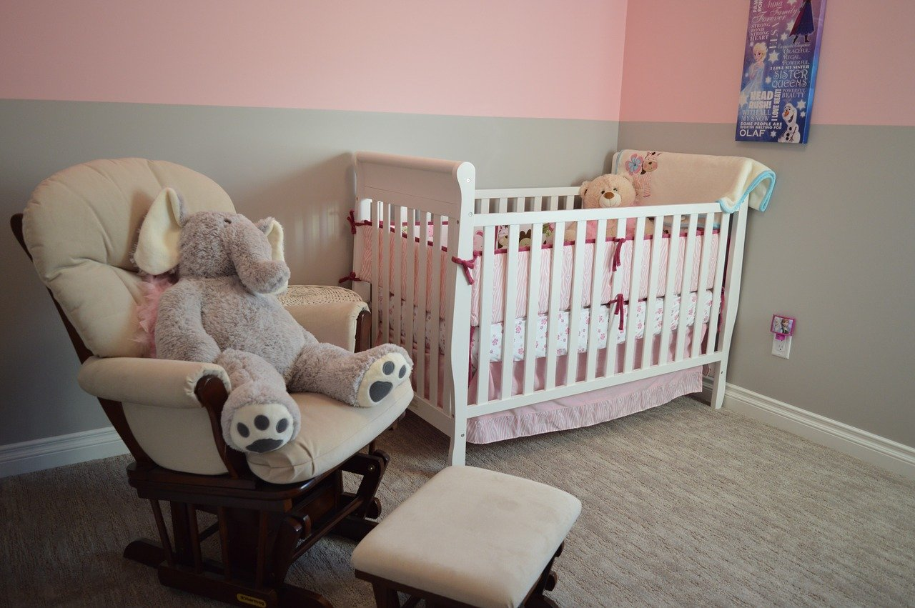 Tips for Setting Up a Practical Yet Pretty Nursery
