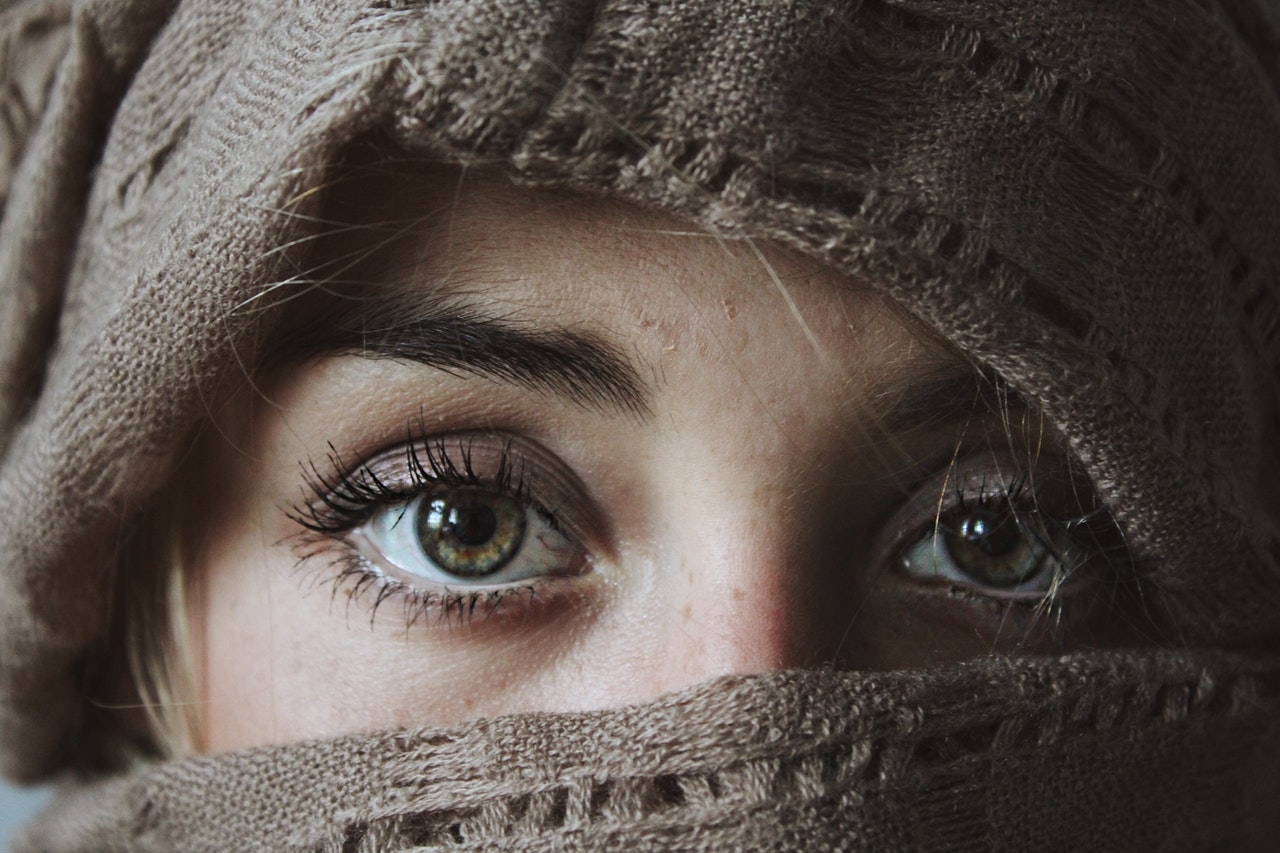 Under Eye Bags: Causes and Treatments