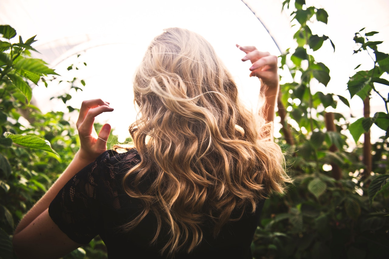 Blonde Hair Care Facts & Myths