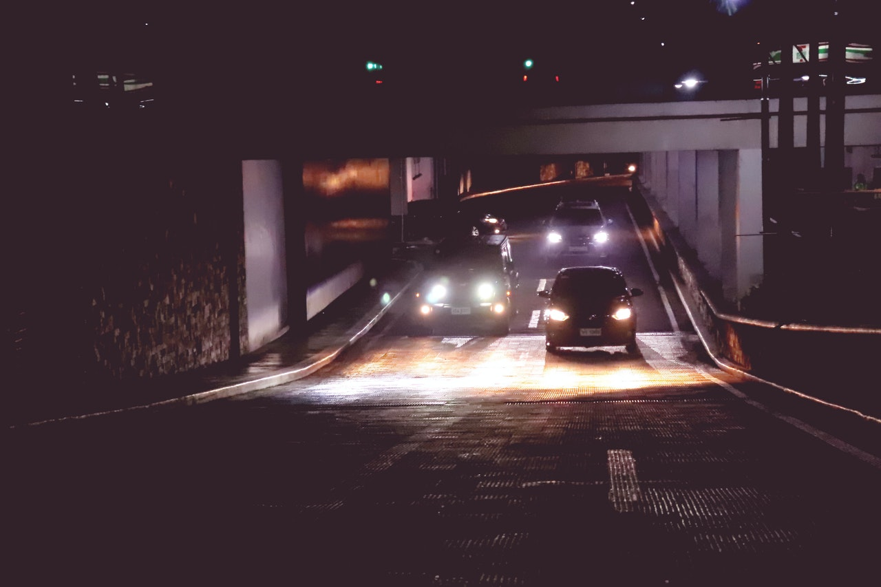Tips for Driving Safely at Night