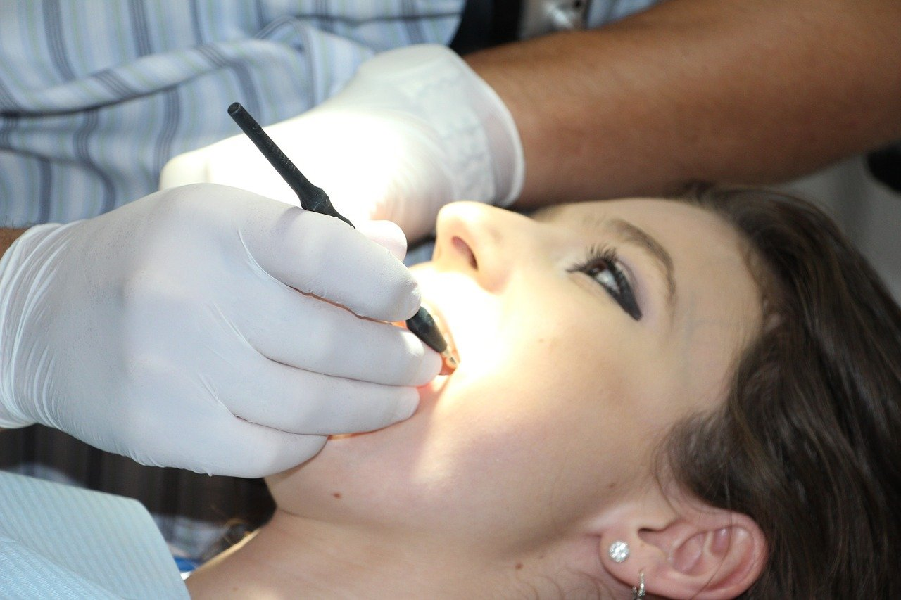 How Can You Keep Your Dental Care Costs Low?