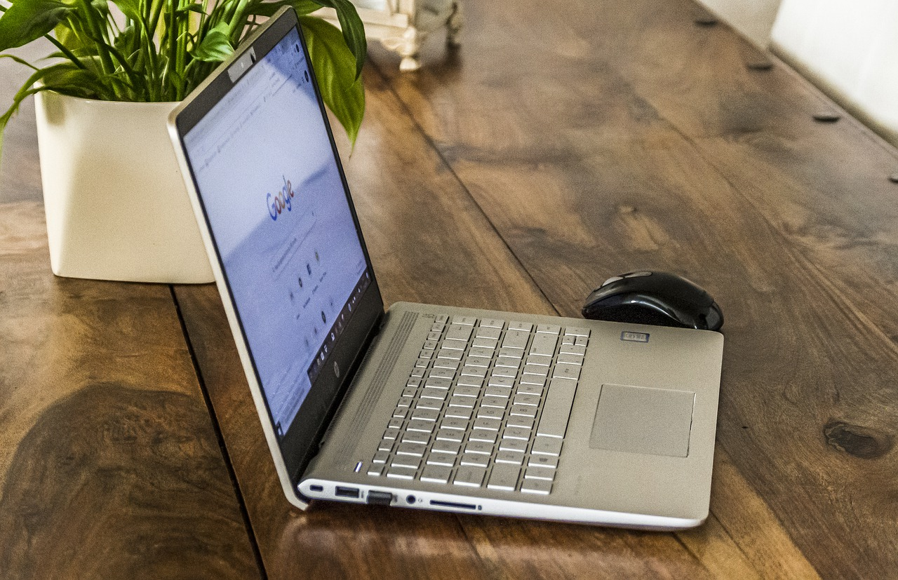 What You Need for the Perfect Home Office Space